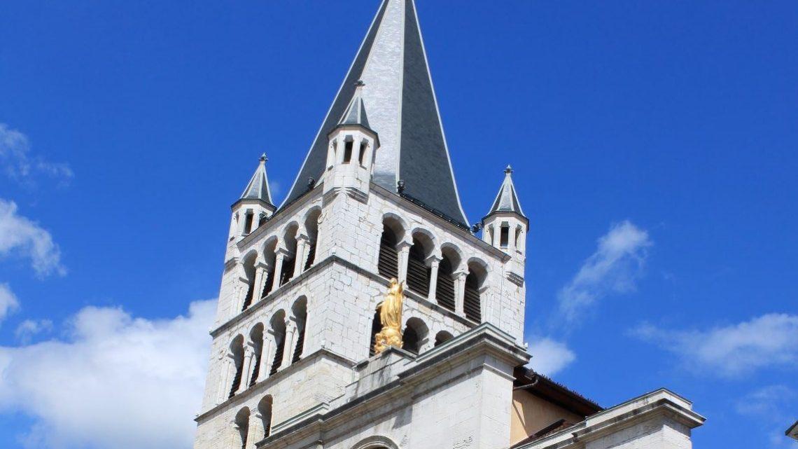 Profitez des illuminations sur les églises d'Annecy
